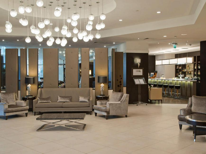 Hotel Doubletree By Hilton Luxembourg Luxemburg Vtours