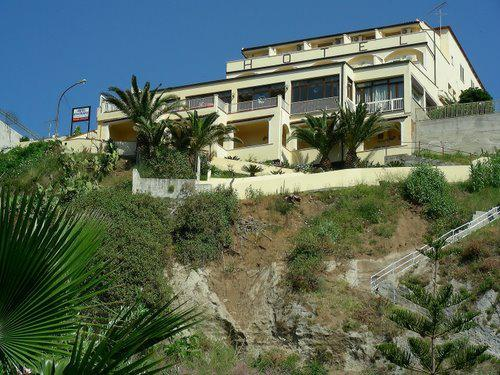 Hotel Terrazzo sul Mare, 3 Sterne - Tropea | vtours
